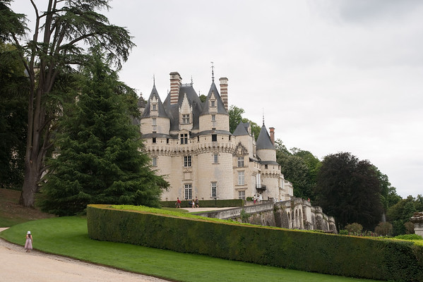 Au revoir, Uss: At the chateu of Uss, the inspiration for Sleeping Beauty, in the Loire